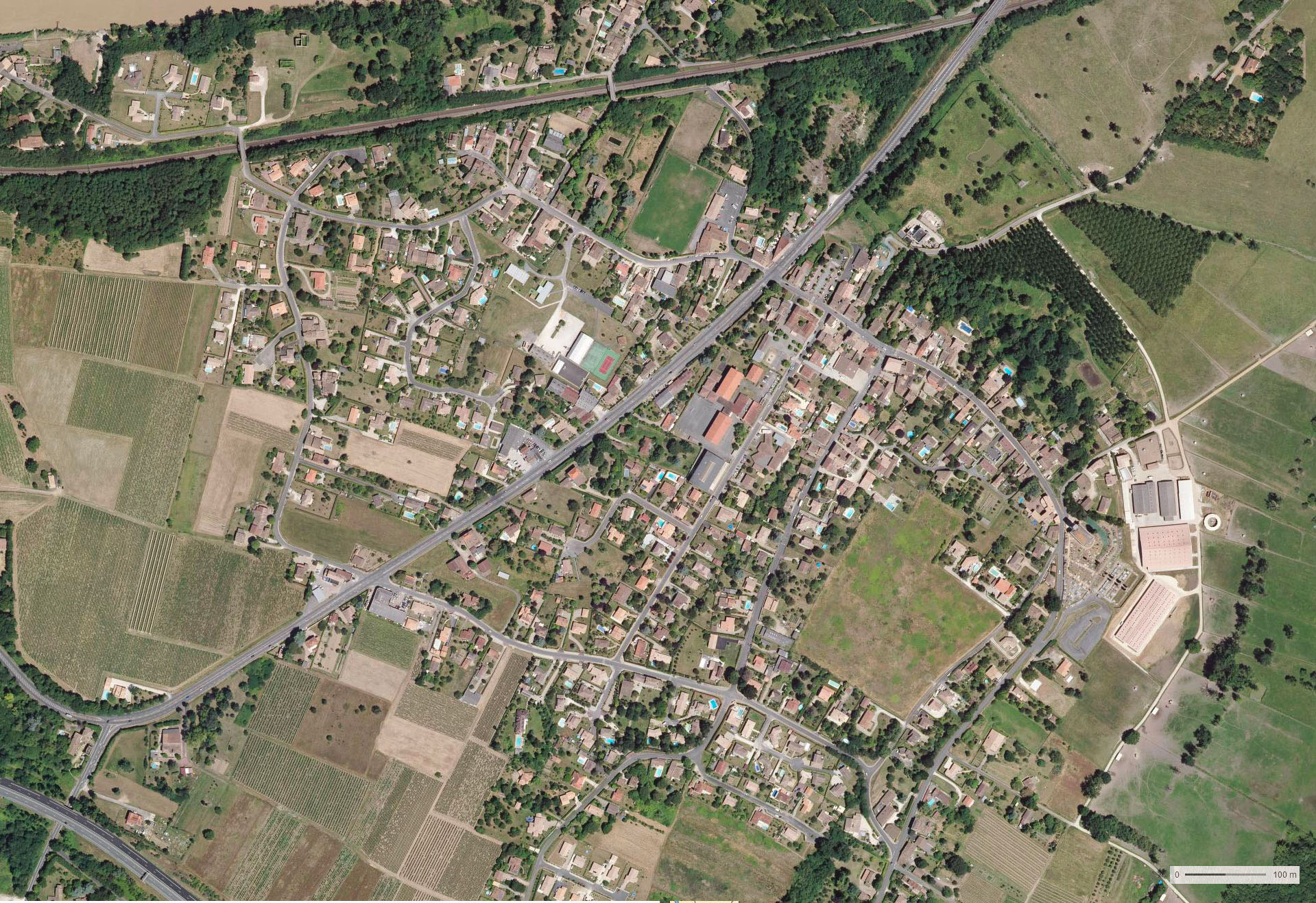 Centre bourg – Arveyres (33)